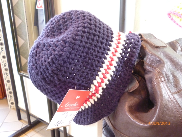 Mütze in blau, handmade