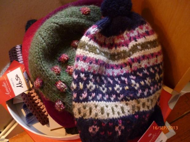 Wollmützen, handmade