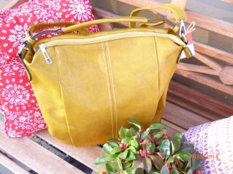 neue Tasche in senf
