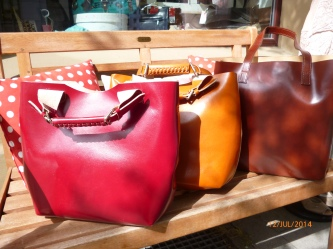 Shopper aus Leder in braun, cognac, bordeaux